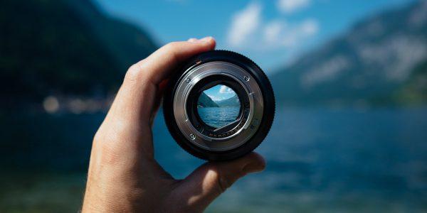 lens-1209823_1920
